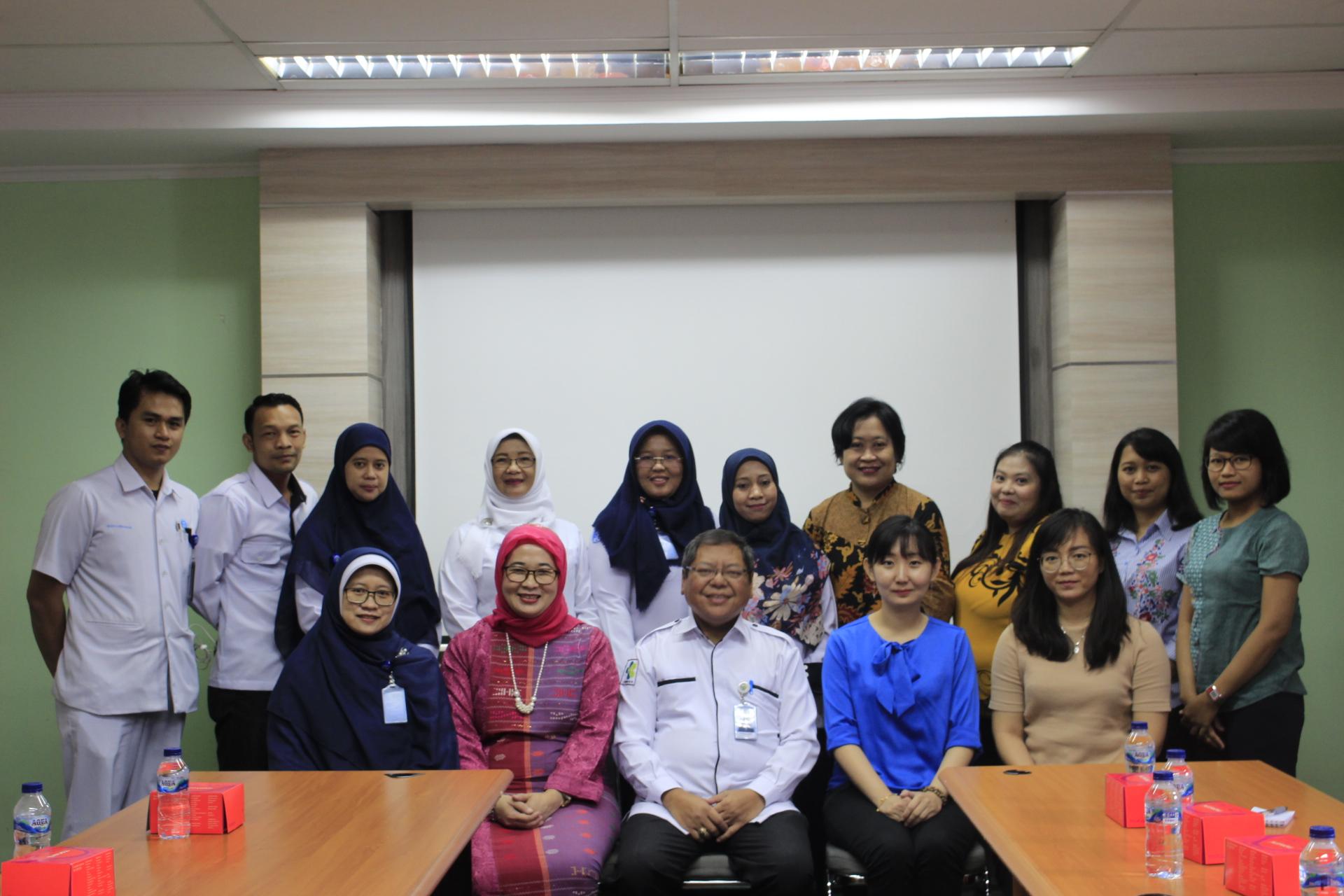 Study Banding Rumah Sakit Siloam ke Klinik TB Dots dan MDR RSUP Persahabatan