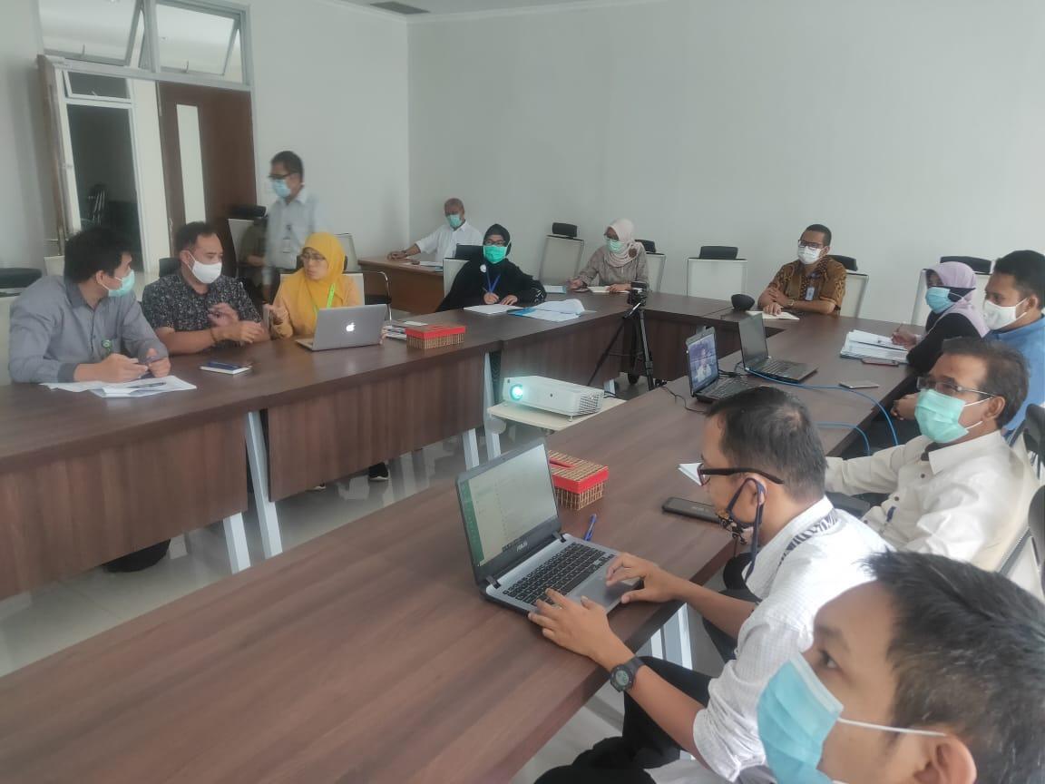 Webinar Pengawasan dan Pendampingan Penerimaan Hibah Terkait Covid-19