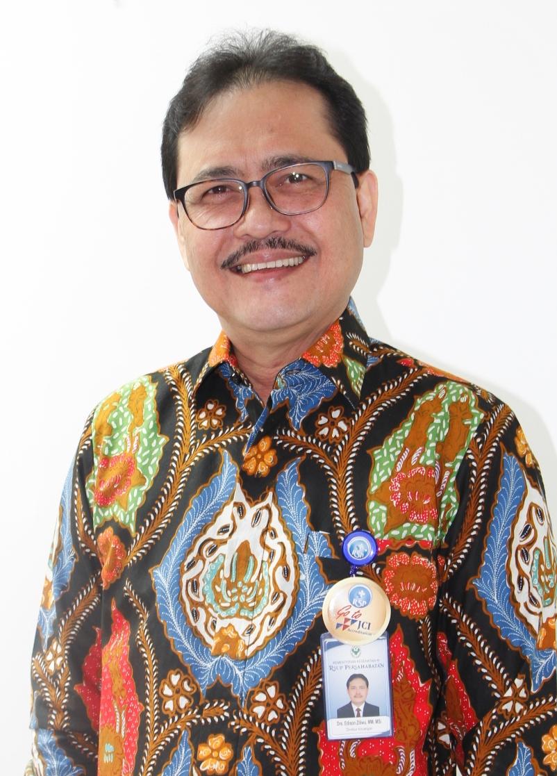 drs. Edison Ziliwu, M.M, M.Si Direktur Keuangan  RSUP Persahabatan